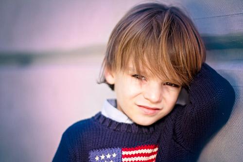 niño-modelando