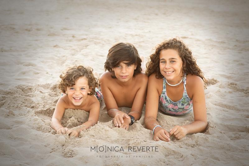 sesión de fotos con niños en la playa