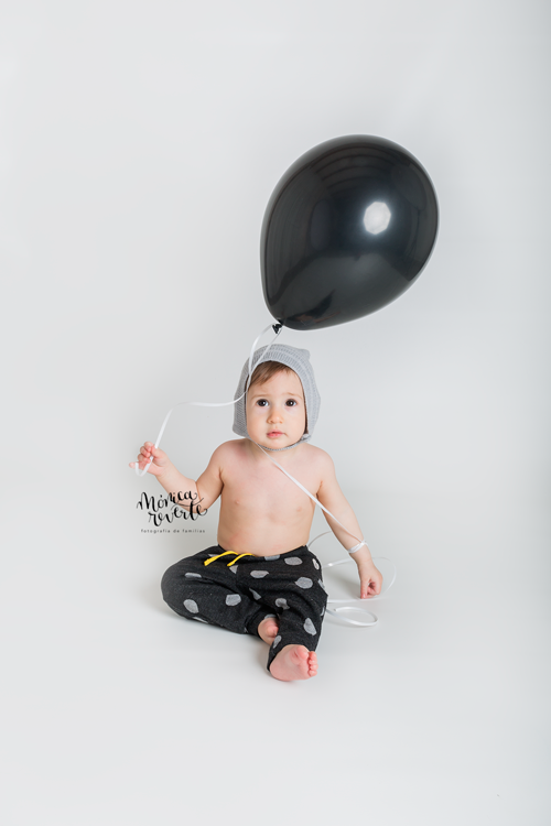 Fotografía de bebes en Madrid: una peque divertidísima