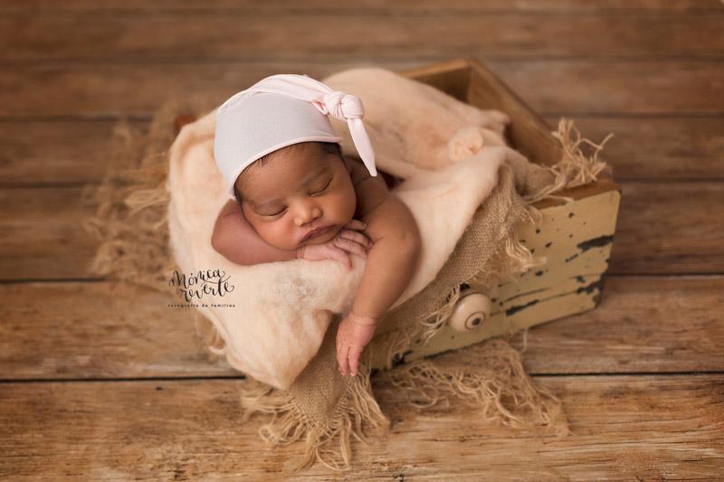 Sesiones de fotos de recién nacido en Madrid bonitas