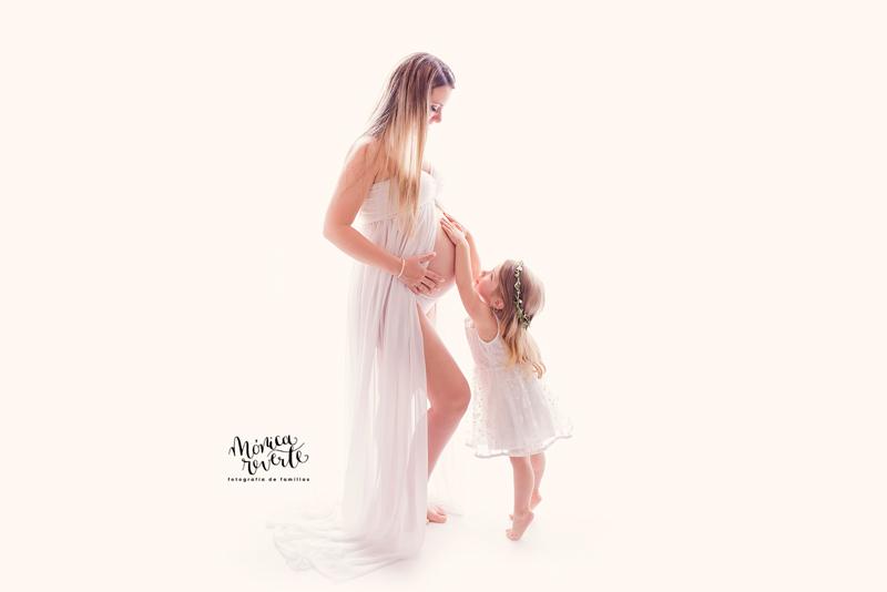 sesión de fotos de embarazo bonitas en Madrid