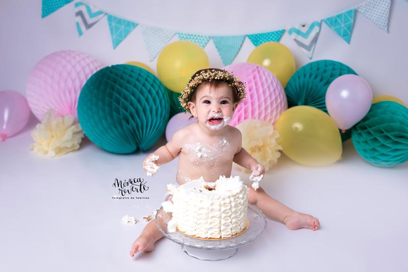 Sesión de fotos cumpleaños 1 año en Madrid tarta